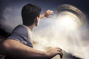 Alien Jones abducting questions from indie authors.