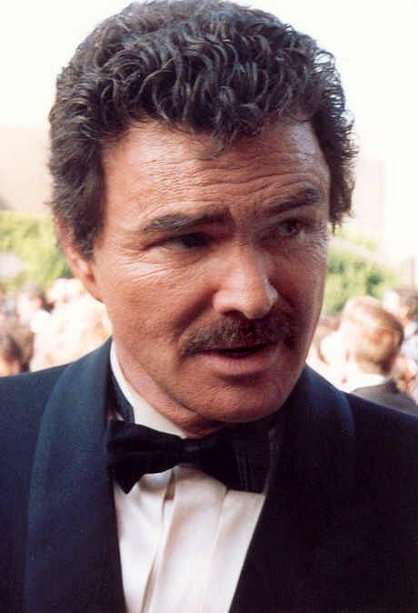 Burt_Reynolds_1991_portrait_crop